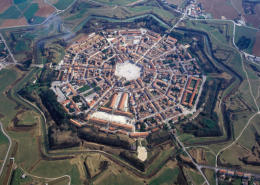 Palmanova, which has had a glorious and fascinating past, today is one of the best preserved jewels in the province of Udine