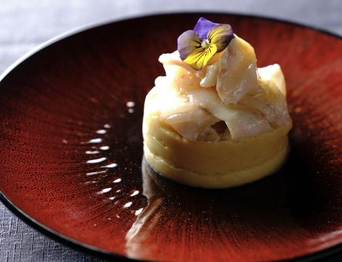 Crema di cicerchia di Serra de' Conti decorticata con branzino marinato al mandarino